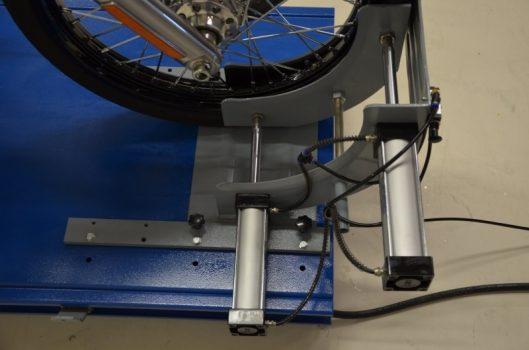 pneumatische wielklem gemonteerd